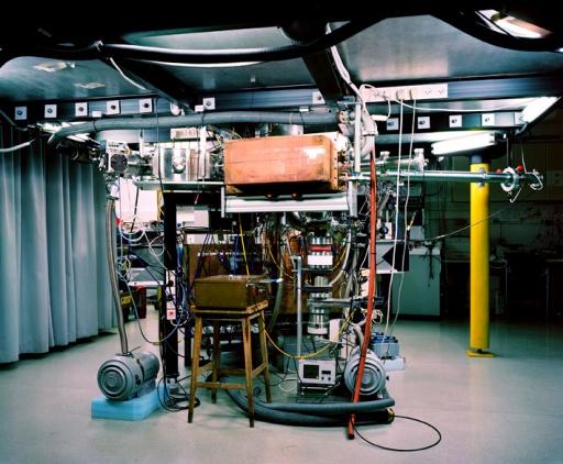 Struth_11431_Z-Pinch Plasma Lab_72dpi
